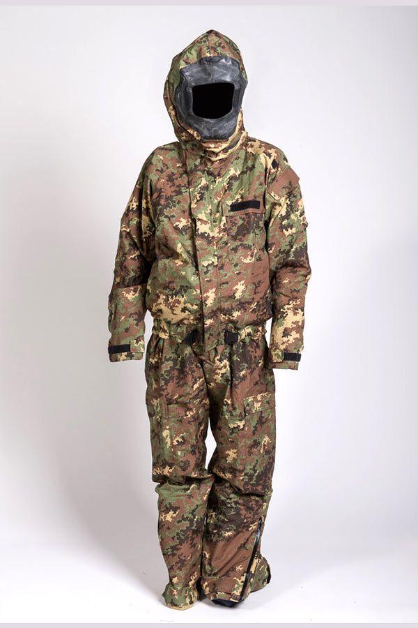 completo-protettivo-tecnologia-gore-chempak-reg